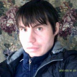 Парень ищет девушку или женщину любого возраста для секса  в Ульяновске