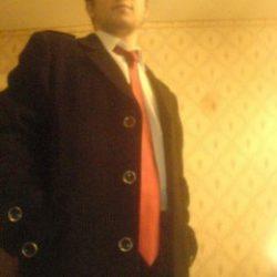 Молодой парень ищет девушку или женщину для секса в Ульяновске