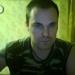 Парень познакомиться с прекрасной девушкой для секса (возможно отношения) в Ульяновске